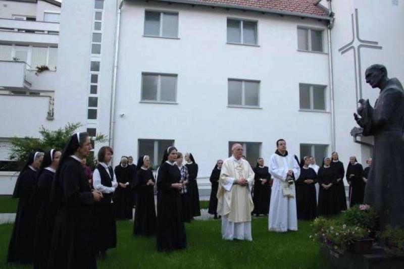 Blagoslovljen obnovljeni samostan sv. Franje u Kloštru Ivaniću