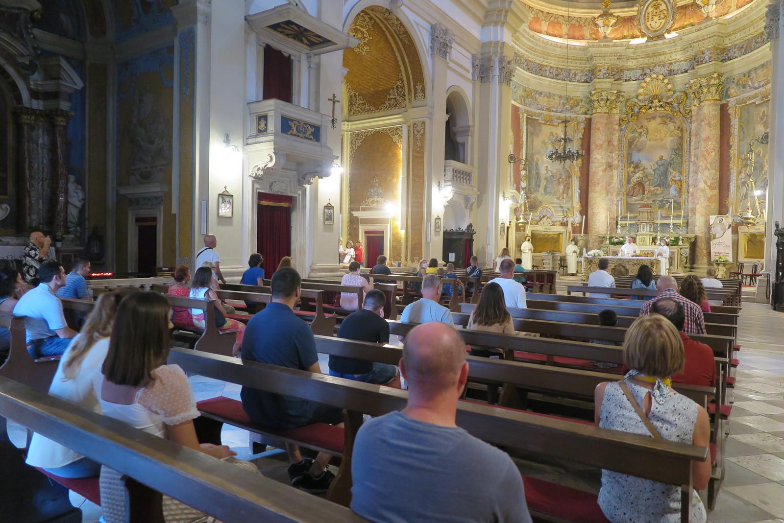 Nadbiskup uzinic otvorio godinu sv ignacija za dubrovacku biskupiju 3