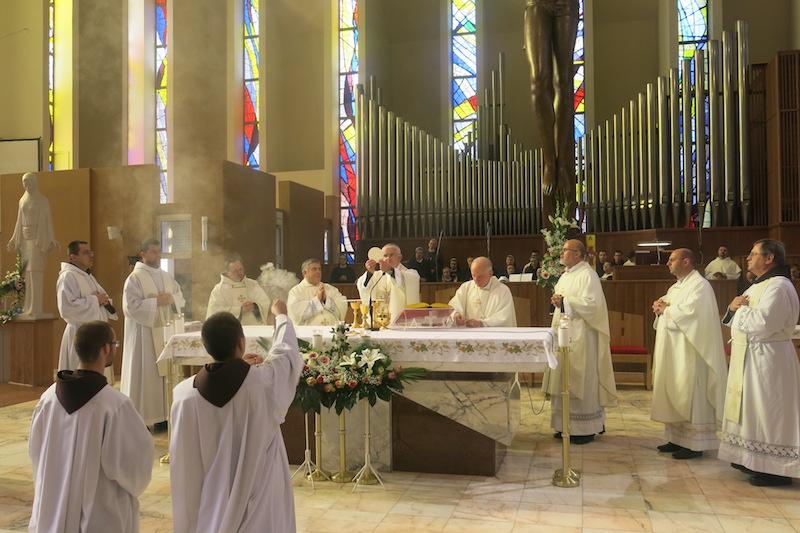 043 misa, oltar 4