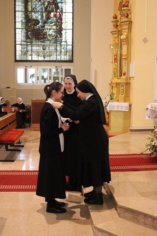 Milosrdne sestre sv. kriza 10