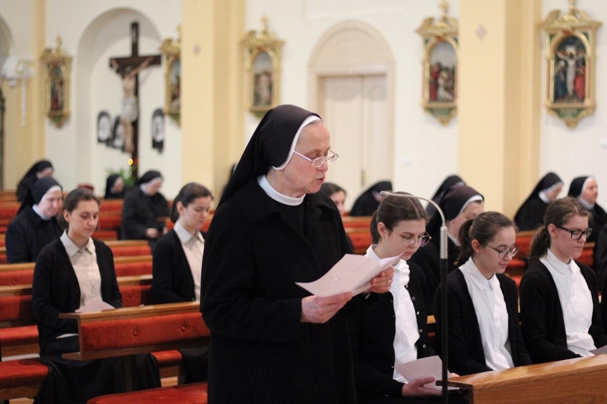 Milosrdne sestre sv. kriza 6