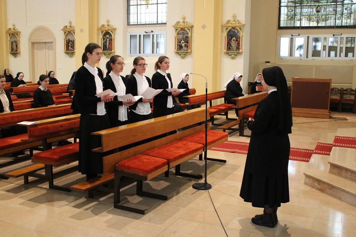 Milosrdne sestre sv. kriza 8
