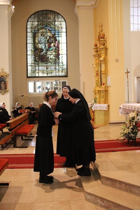 Milosrdne sestre sv. kriza 9