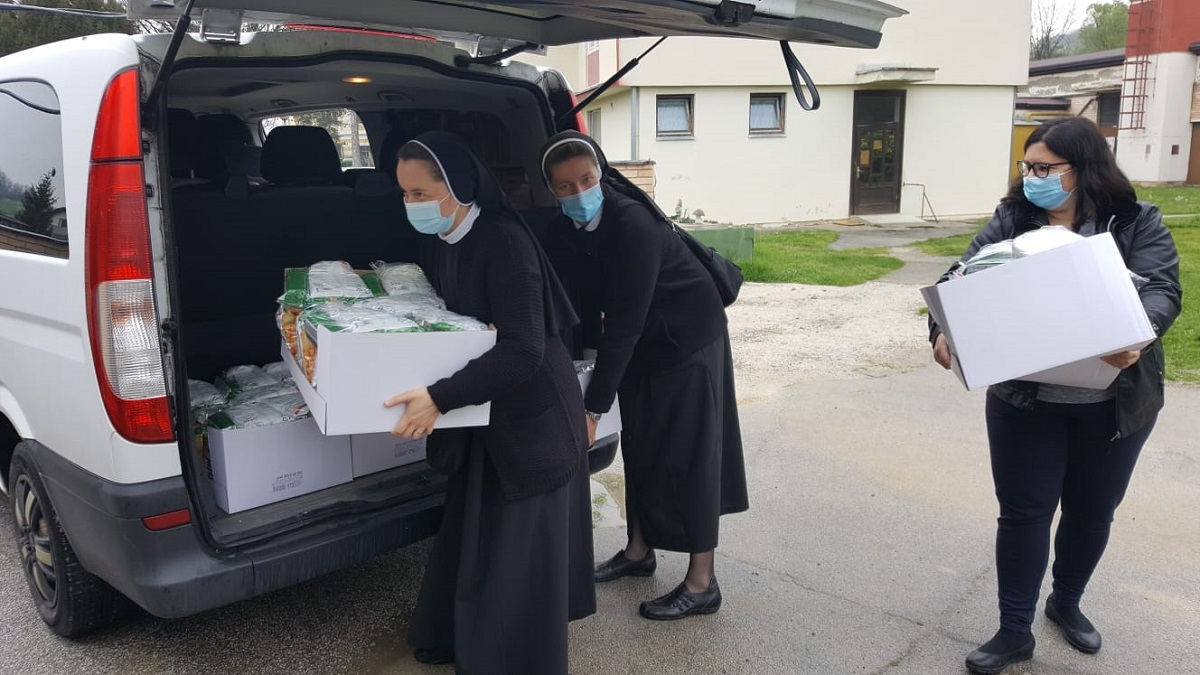 Povjerenstvo hrk za medicinske sestre redovnice pohodilo dom za psihicki oboljele odrasle osobe lobor-grad 2