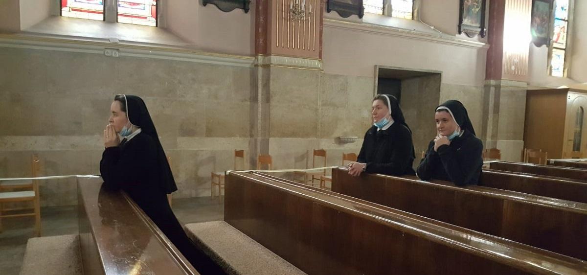 Povjerenstvo hrk za medicinske sestre redovnice pohodilo dom za psihicki oboljele odrasle osobe lobor-grad 7